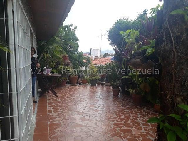 Casa Distrito Metropolitano>Caracas>El Marques - Venta:130.000 Precio Referencial - codigo: 22-1833