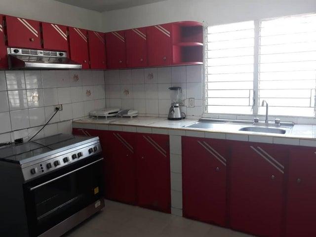 Townhouse Zulia>Cabimas>Concordia - Venta:15.000 Precio Referencial - codigo: 22-2140