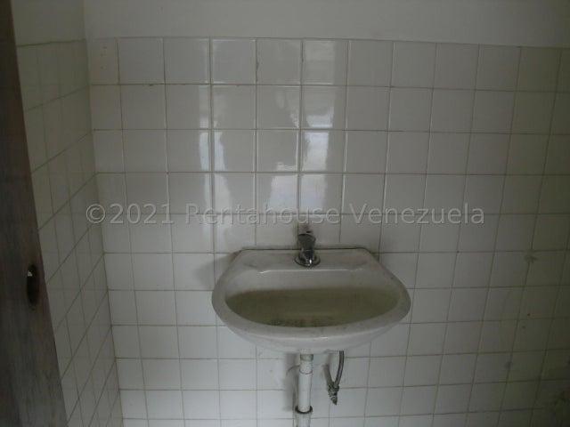 Local Comercial Distrito Metropolitano>Caracas>Los Ruices - Venta:40.000 Precio Referencial - codigo: 22-2163
