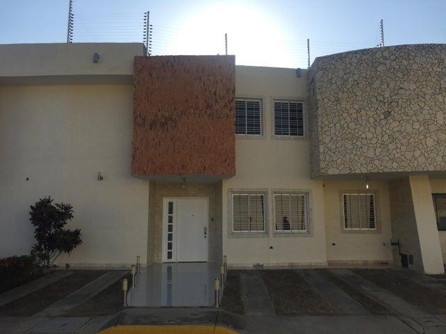 Townhouse Zulia>Ciudad Ojeda>Nueva Venezuela - Venta:55.000 Precio Referencial - codigo: 22-2474