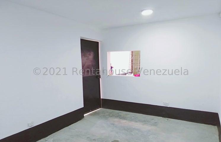Local Comercial Distrito Metropolitano>Caracas>La Yaguara - Alquiler:1.500 Precio Referencial - codigo: 22-2626