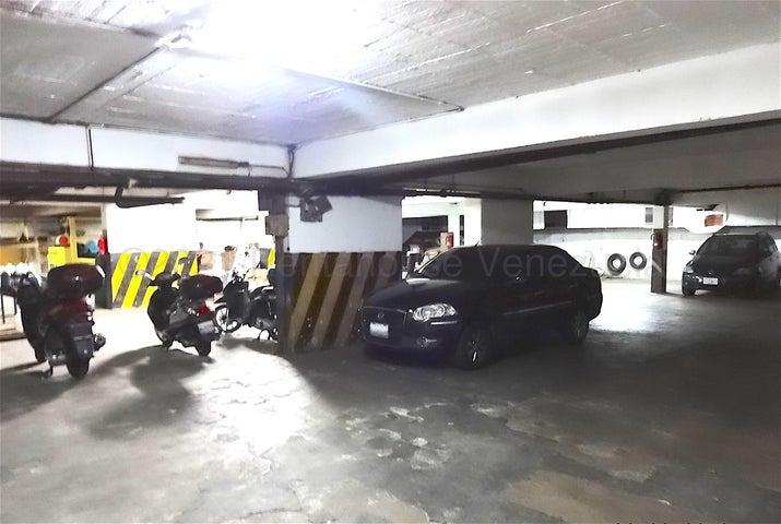 Edificio Distrito Metropolitano>Caracas>Chacao - Venta:2.500.000 Precio Referencial - codigo: 22-2549