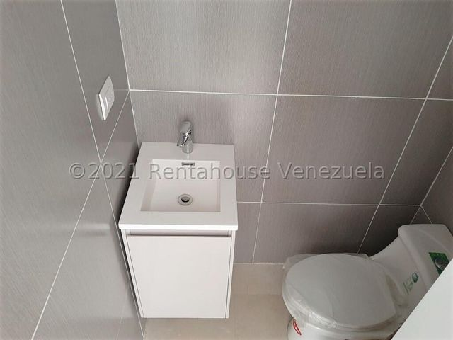 Apartamento Distrito Metropolitano>Caracas>Country Club - Venta:280.000 Precio Referencial - codigo: 22-2843