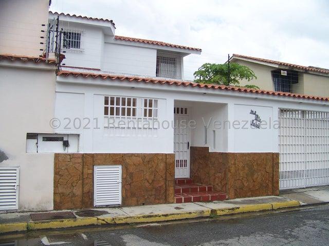 Casa Miranda>Guatire>El Castillejo - Venta:38.000 Precio Referencial - codigo: 22-2985