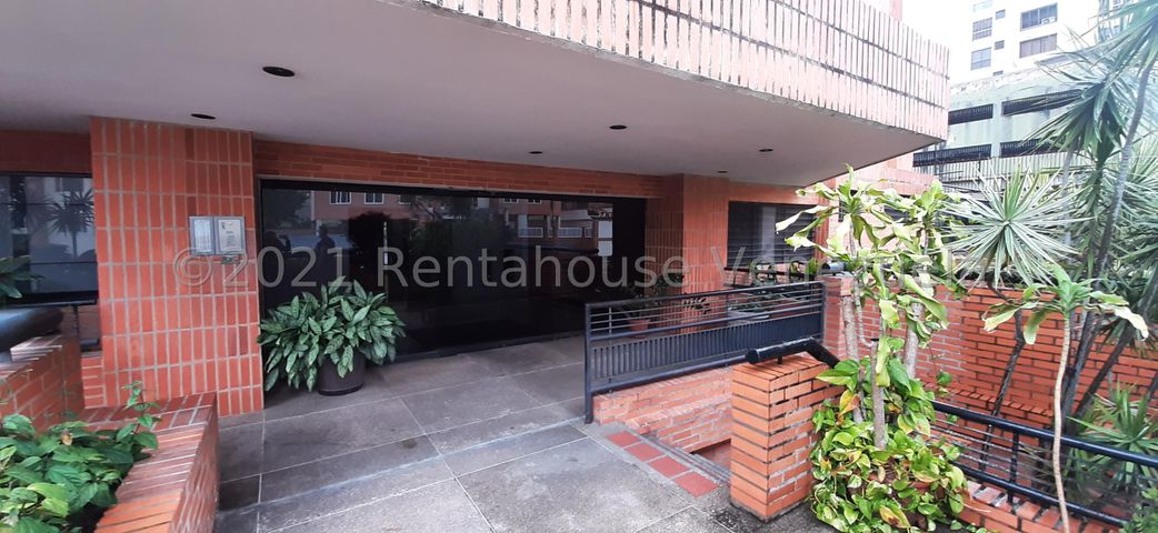 Apartamento Distrito Metropolitano>Caracas>Guaicay - Alquiler:600 Precio Referencial - codigo: 22-3417