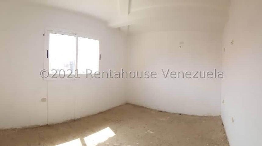 Casa Falcon>Coro>Centro - Venta:40.000 Precio Referencial - codigo: 22-4553