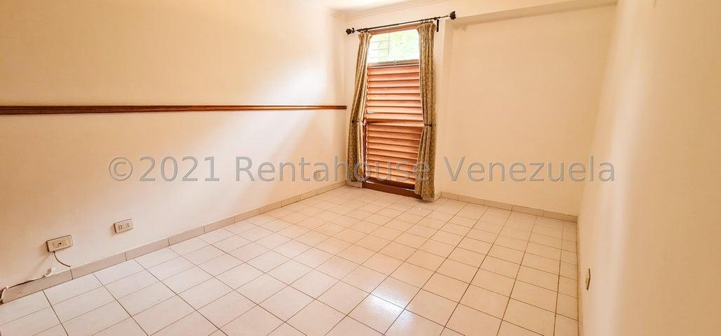 Apartamento Distrito Metropolitano>Caracas>El Cafetal - Venta:65.000 Precio Referencial - codigo: 22-3625