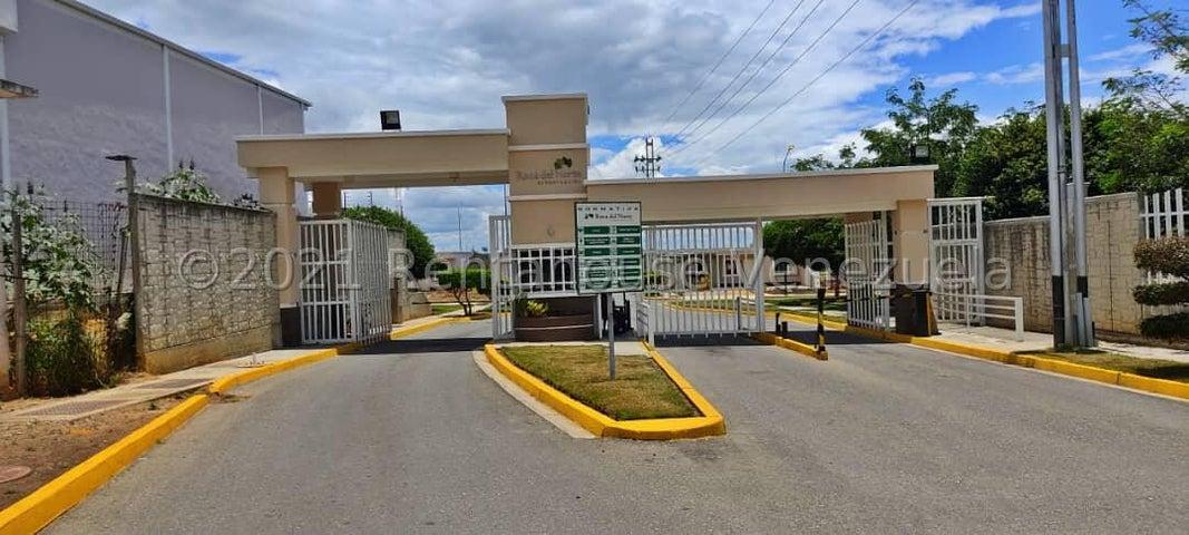 Casa Lara>Barquisimeto>Roca del Norte - Venta:13.000 Precio Referencial - codigo: 22-3753