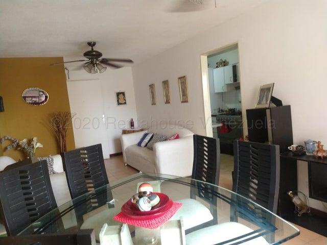 Apartamento Miranda>Guarenas>La Vaquera - Venta:23.000 Precio Referencial - codigo: 22-3836