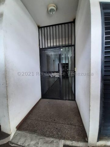 Apartamento Distrito Metropolitano>Caracas>El Paraiso - Venta:90.000 Precio Referencial - codigo: 22-4018