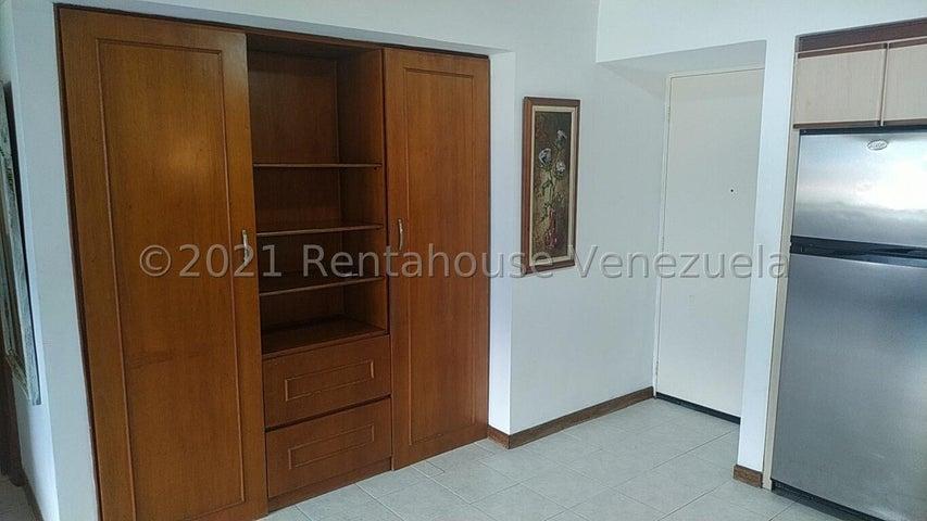 Apartamento Distrito Metropolitano>Caracas>Macaracuay - Venta:45.000 Precio Referencial - codigo: 22-4058