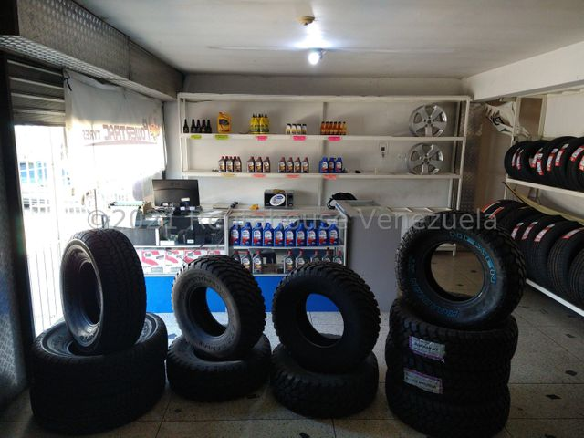 Local Comercial Lara>Barquisimeto>Parroquia Concepcion - Alquiler:800 Precio Referencial - codigo: 22-3996