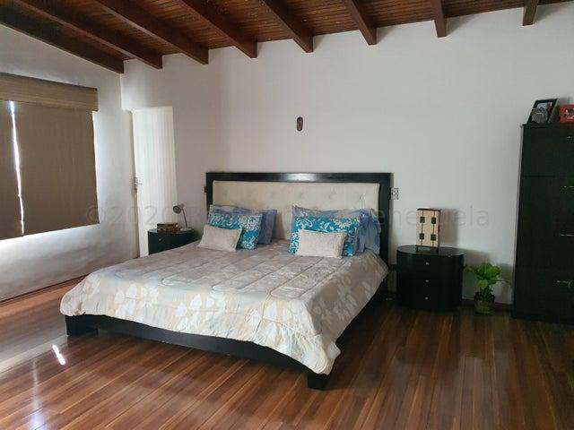 Casa Distrito Metropolitano>Caracas>El Marques - Venta:300.000 Precio Referencial - codigo: 22-4188