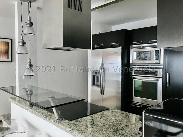 Apartamento Distrito Metropolitano>Caracas>Los Naranjos de Las Mercedes - Venta:220.000 Precio Referencial - codigo: 22-3168