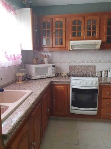 Apartamento Lara>Cabudare>Parroquia Cabudare - Venta:25.000 Precio Referencial - codigo: 22-4482