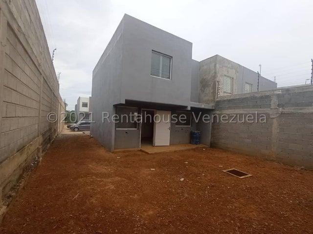 Casa Lara>Cabudare>La Piedad Norte - Venta:17.000 Precio Referencial - codigo: 22-4533