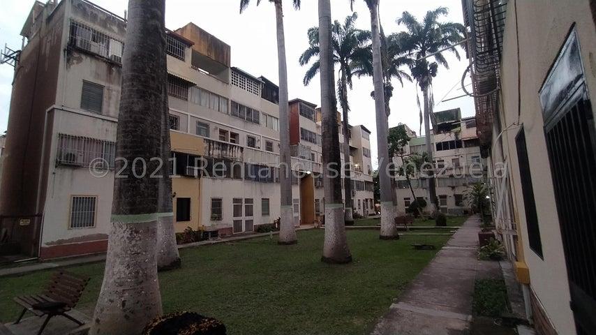 Apartamento Lara>Cabudare>Almarriera - Venta:11.500 Precio Referencial - codigo: 22-4586