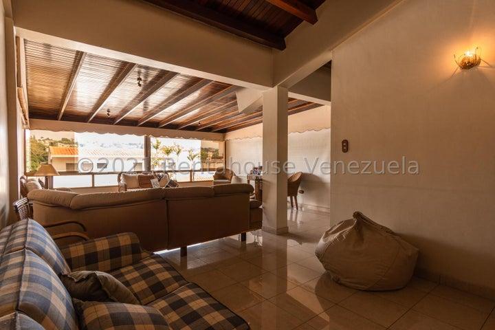 Casa Distrito Metropolitano>Caracas>La Tahona - Venta:300.000 Precio Referencial - codigo: 22-4574