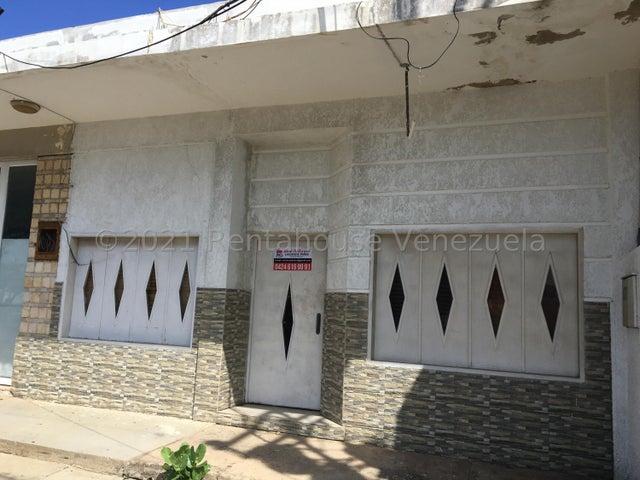 Local Comercial Falcon>Punto Fijo>Santa Fe - Venta:35.000 Precio Referencial - codigo: 22-4584