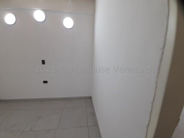 Casa Portuguesa>Araure>Roca del Llano - Venta:26.000 Precio Referencial - codigo: 22-4587
