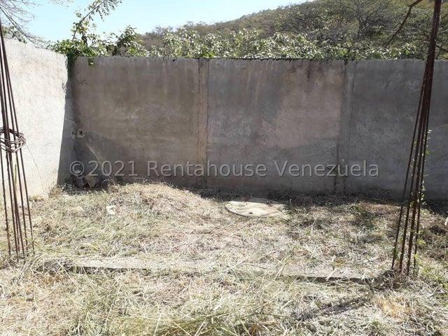 Terreno Carabobo>Municipio San Diego>Monte Carmelo - Venta:10.000 Precio Referencial - codigo: 22-4588