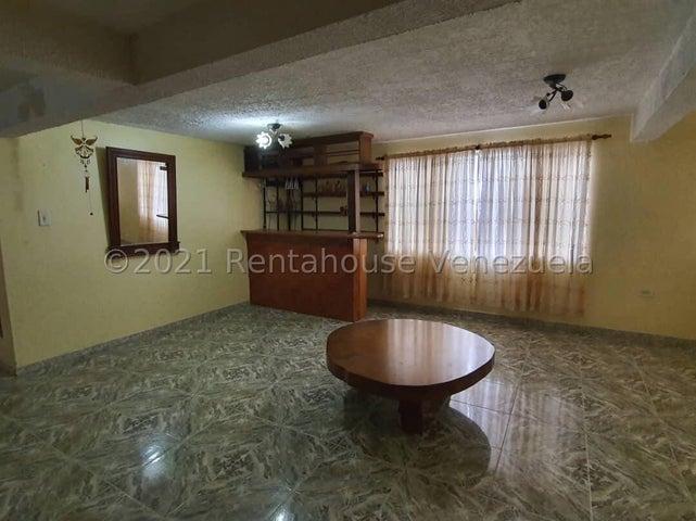 Galpon - Deposito Miranda>Municipio Guaicaipuro>Parcelamiento Cortada del guayabo - Venta:20.000 Precio Referencial - codigo: 22-4191