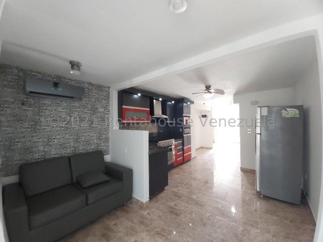 Casa Lara>Barquisimeto>Terrazas de la Ensenada - Venta:22.000 Precio Referencial - codigo: 22-4597