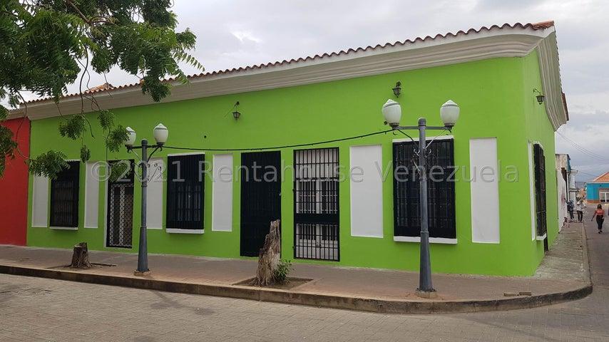 Local Comercial Falcon>Coro>Centro - Venta:45.000 Precio Referencial - codigo: 22-4609