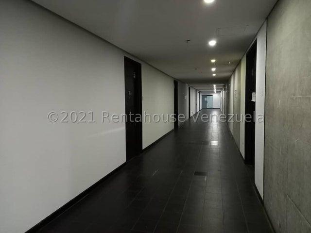 Oficina Distrito Metropolitano>Caracas>Prados del Este - Alquiler:800 Precio Referencial - codigo: 22-4614