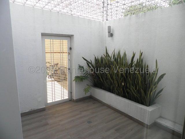 Townhouse Carabobo>Valencia>Trigal Norte - Venta:175.000 Precio Referencial - codigo: 22-4616