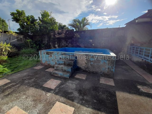 Casa Portuguesa>Araure>Araure - Venta:35.000 Precio Referencial - codigo: 22-4617