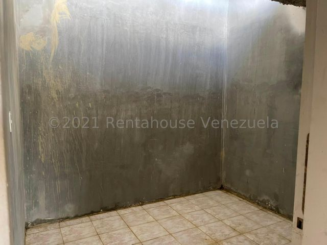 Casa Carabobo>Municipio Libertador>Pablo Valley - Venta:6.000 Precio Referencial - codigo: 22-4622