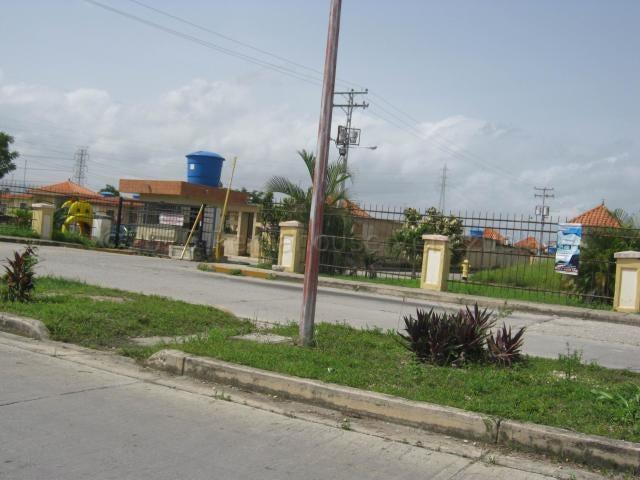 Casa Carabobo>Municipio Libertador>Pablo Valley - Venta:8.000 Precio Referencial - codigo: 22-4623