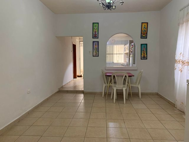 Casa Carabobo>Municipio Libertador>Sector Los Chorritos - Venta:11.000 Precio Referencial - codigo: 22-4624