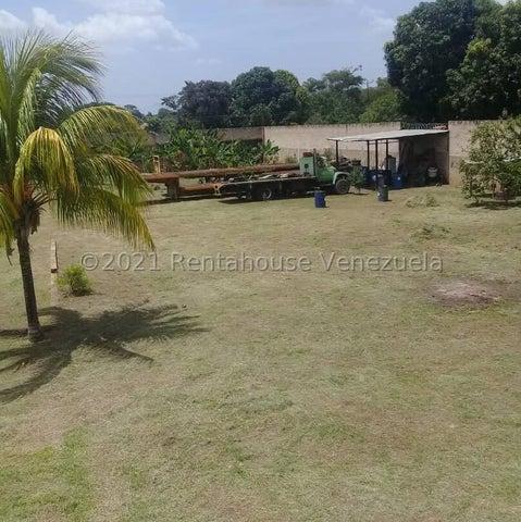 Terreno Carabobo>Municipio Libertador>Santa Isabel - Venta:17.000 Precio Referencial - codigo: 22-4635