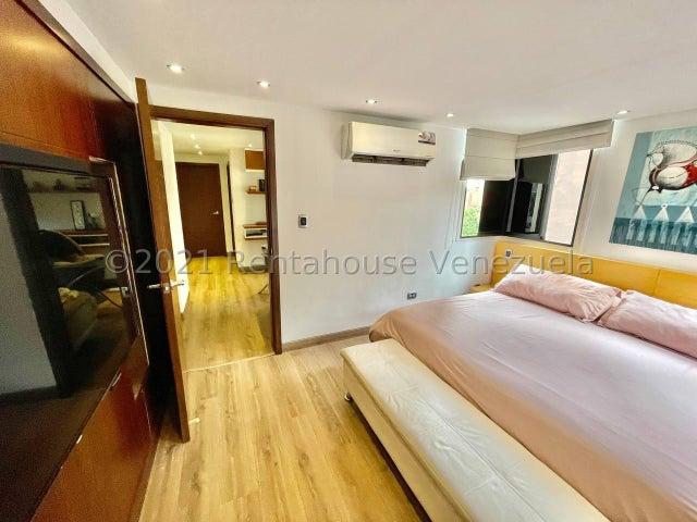 Apartamento Distrito Metropolitano>Caracas>Los Naranjos del Cafetal - Venta:250.000 Precio Referencial - codigo: 22-4636