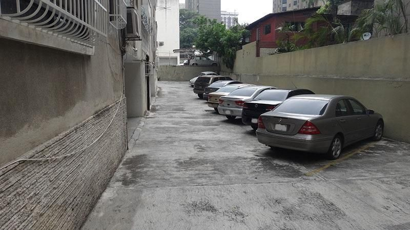 Apartamento Distrito Metropolitano>Caracas>El Rosal - Venta:49.000 Precio Referencial - codigo: 22-4645