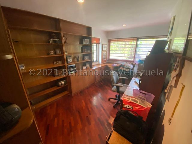 Apartamento Distrito Metropolitano>Caracas>Los Chorros - Venta:305.000 Precio Referencial - codigo: 22-4647