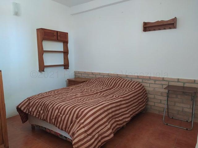 Anexo Distrito Metropolitano>Caracas>Macaracuay - Alquiler:280 Precio Referencial - codigo: 22-4648