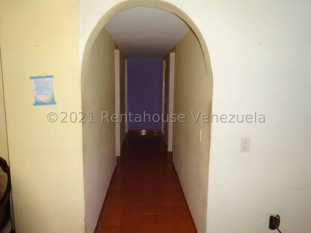 Apartamento Distrito Metropolitano>Caracas>El Paraiso - Venta:21.000 Precio Referencial - codigo: 22-4653