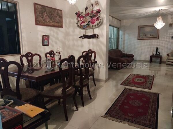 Casa Distrito Metropolitano>Caracas>La Trinidad - Venta:120.000 Precio Referencial - codigo: 22-4631