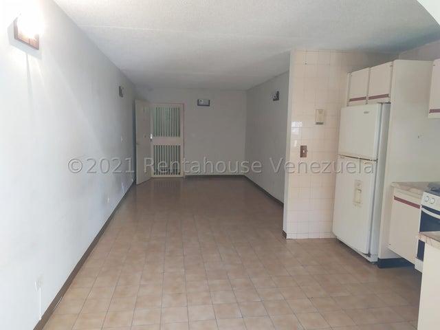 Apartamento Distrito Metropolitano>Caracas>Baruta - Venta:21.000 Precio Referencial - codigo: 21-25290