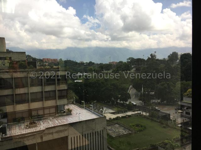Oficina Distrito Metropolitano>Caracas>Prados del Este - Venta:40.000 Precio Referencial - codigo: 22-7475