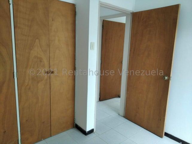 Apartamento Distrito Metropolitano>Caracas>El Hatillo - Venta:59.000 Precio Referencial - codigo: 22-7521