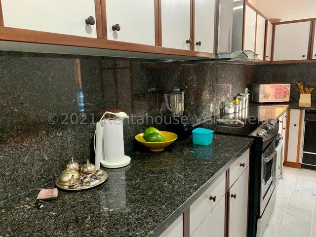 Apartamento Distrito Metropolitano>Caracas>Santa Fe Norte - Venta:225.000 Precio Referencial - codigo: 22-7507
