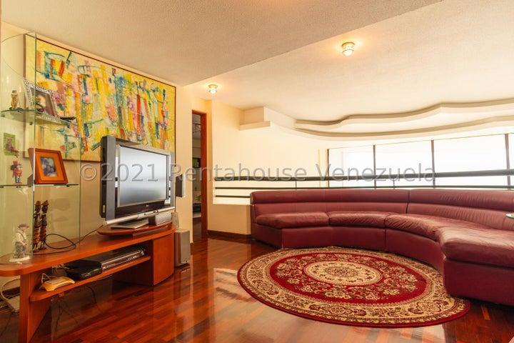 Apartamento Distrito Metropolitano>Caracas>Lomas de San Roman - Venta:900.000 Precio Referencial - codigo: 21-14801