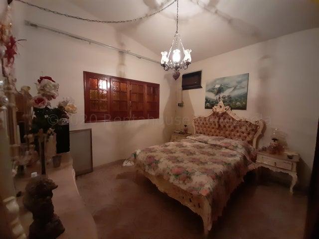 Casa Carabobo>Guacara>Ciudad Alianza - Venta:29.000 Precio Referencial - codigo: 22-7250