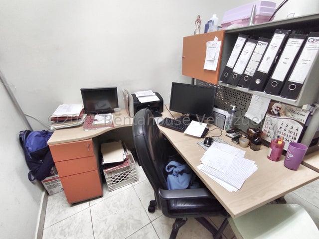 Negocios y Empresas Distrito Metropolitano>Caracas>Macaracuay - Venta:165.000 Precio Referencial - codigo: 22-7472