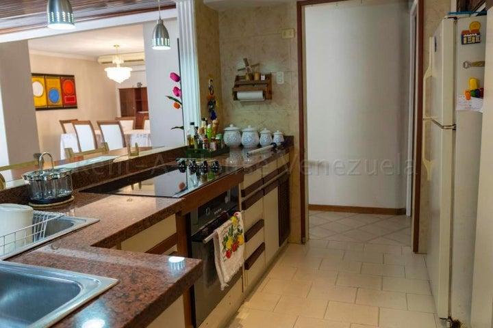 Apartamento Zulia>Maracaibo>Santa Rita - Venta:20.000 Precio Referencial - codigo: 22-7457