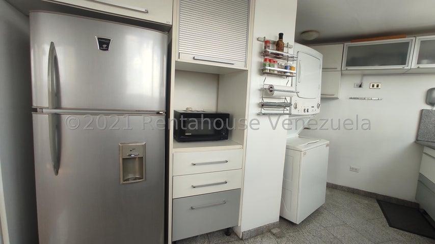 Apartamento Distrito Metropolitano>Caracas>La Florida - Venta:52.000 Precio Referencial - codigo: 22-7460
